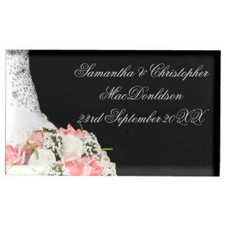 Het elegante zwart-witte roze nam huwelijk toe