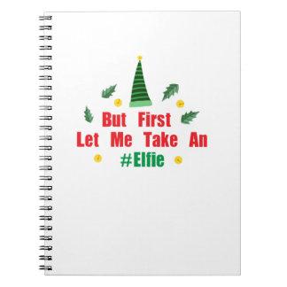 Het elf van Kerstmis maar liet me eerst een Elfie Ringband Notitieboek