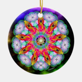 Het evolueren Beingness/de Manier in Rond Keramisch Ornament