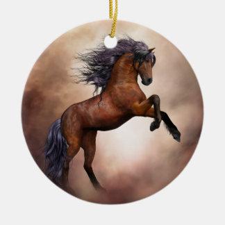 Het Friesian bruine paard grootbrengen omhoog met Rond Keramisch Ornament