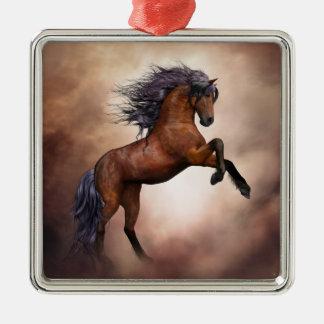 Het Friesian bruine paard grootbrengen omhoog met Zilverkleurig Vierkant Ornament