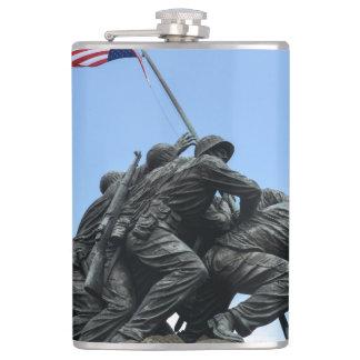 Het Gedenkteken van Jima van Iwo in Washington DC Heupfles