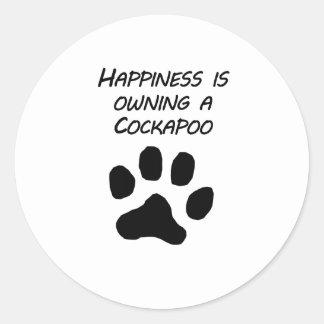 Het geluk bezit een Cockapoo Ronde Sticker