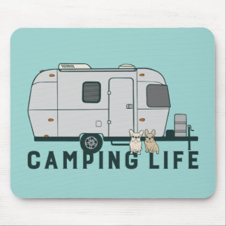 Het gelukkige het kamperen leven met leuke muismat