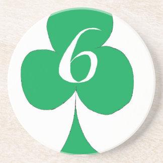 Het gelukkige Iers 6 van Clubs, tony fernandes Zandsteen Onderzetter