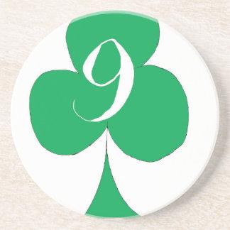 Het gelukkige Iers 9 van Clubs, tony fernandes Zandsteen Onderzetter