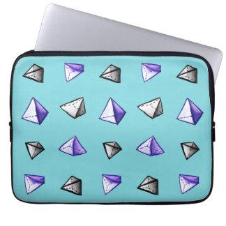 Het geometrische Patroon Geek van de Piramide van Computer Sleeve