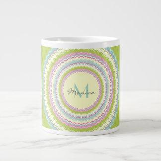 Het gepersonaliseerde Retro Kleurrijke Monogram Grote Koffiekop