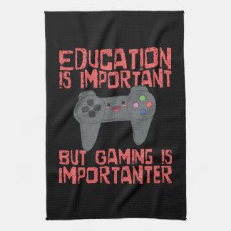 Het gokken is Importanter dan Onderwijs - Grappige Theedoek