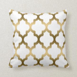Het gouden en Witte Geometrische Patroon van Ikat Sierkussen