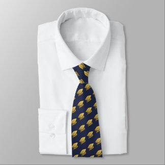 het gouden stropdas van de kleurenafstuderen van