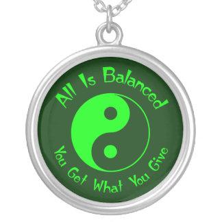 Het groene Ketting van Yin Yang van het Saldo