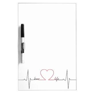 Het hart sloeg met het liefdeleven inspirerend whiteboard