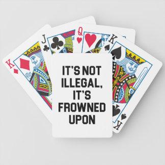 Het heeft op gefronst poker kaarten