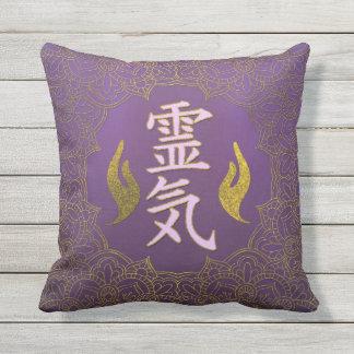 Het Helen van Reiki Symbolen met lotusbloem op Buitenkussen