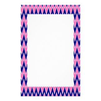 Het hete Roze en Marineblauwe Patroon van de Zigza Briefpapier