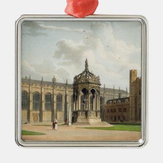 Het Hof van de Universiteit van de Drievuldigheid, Zilverkleurig Vierkant Ornament