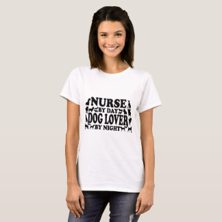 Het Hondenliefhebber van de verpleegster T Shirt