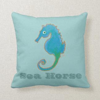 Het hoofdkussen van het zeepaardje sierkussen