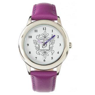 Het horloge van het meisje met het leuke swirly