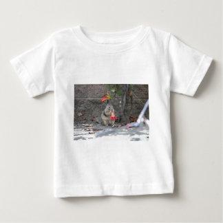 Het Houden van van de bloem Eekhoorn Baby T Shirts