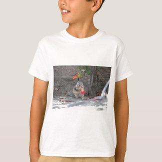 Het Houden van van de bloem Eekhoorn T Shirt