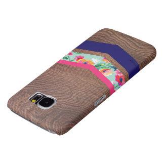 het houten hoesje van de chevrontelefoon