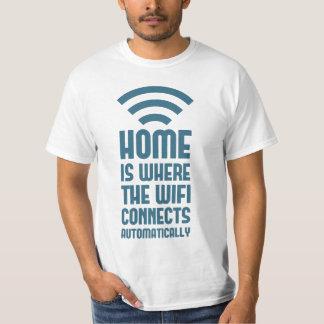 Het huis is waar WIFI automatisch verbindt T Shirt
