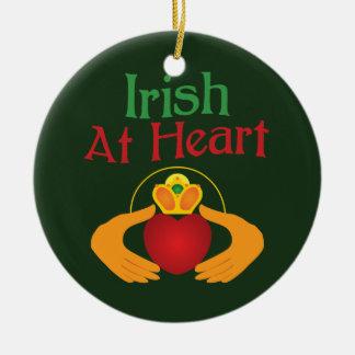 Het Iers bij Hart Rond Keramisch Ornament