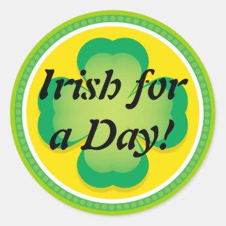 Het Iers voor een Klaver van de Dag Ronde Stickers