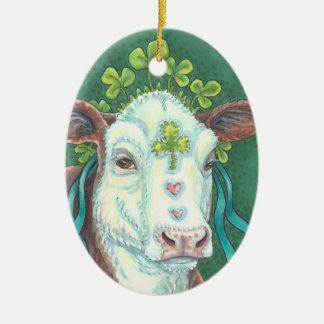 Het Ierse ST. PATRICK van de Koe Ovaal van het Keramisch Ovaal Ornament