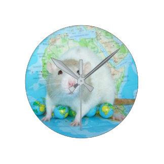 Het is de Klok van de Wereld van een Rat