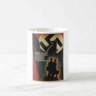 Het Italiaanse Poster van de Propaganda Koffiemok