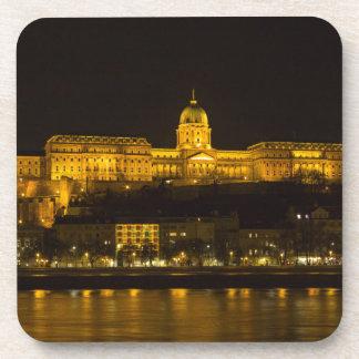 Het Kasteel Hongarije Boedapest van Buda bij nacht Bier Onderzetter