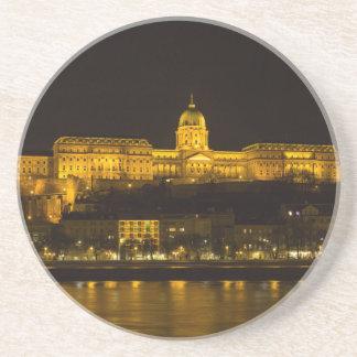 Het Kasteel Hongarije Boedapest van Buda bij nacht Zandsteen Onderzetter