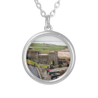 Het Kasteel van Bamburgh, Northumberland, Engeland Zilver Vergulden Ketting