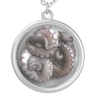 """Het Ketting van de """"Slaaf van de octopus aan"""