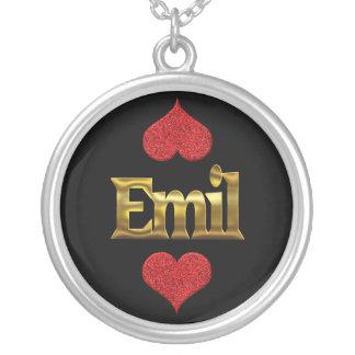 Het ketting van Emil