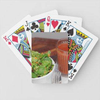 Het Kleden zich van de Tomaat van de Wortel van de Poker Kaarten