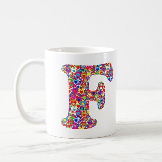 Het Kleurrijke Dynamische Hart Gevulde F Monogram Koffiemok