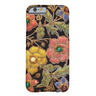 Het kleurrijke Glas parelt Vintage BloemenOntwerp Barely There iPhone 6 Hoesje