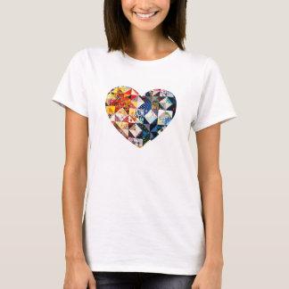 Het kleurrijke Hart van het Dekbed van het Lapwerk T Shirt