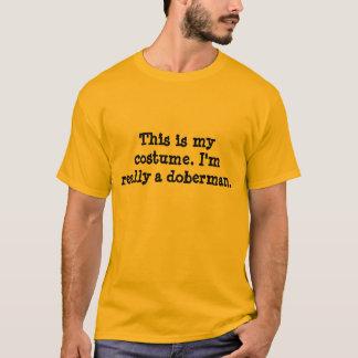 Het Kostuum van Doberman T Shirt