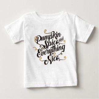 Het kruid van de pompoen en aardig alles baby t shirts