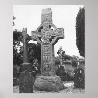 Het Kruis van de 9de Eeuw van Ierland hoog Poster