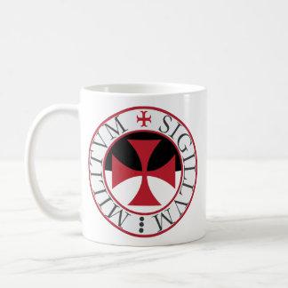 Het Kruis van Templar en de Mok van de Verbinding