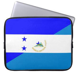 het land halve vlag van Honduras Nicaragua Laptop Sleeve