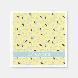Het leuke girly monogram van het pastelkleur gele papieren servet