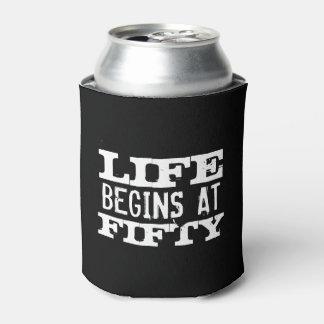 Het leven begint bij de grappige 50ste koelbox van blikjeskoeler