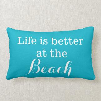 Het leven is beter bij het Strand Lumbar Kussen